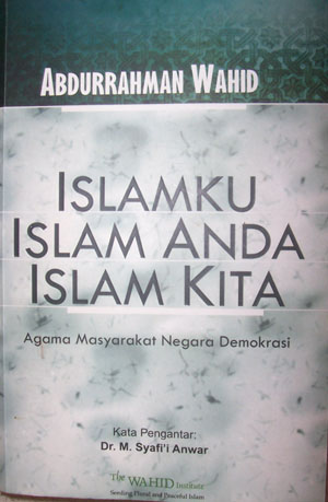 http://menjawabdenganhati.files.wordpress.com/2009/10/buku-islam.jpg
